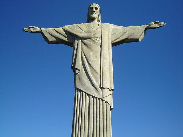 jesus statue in Rio