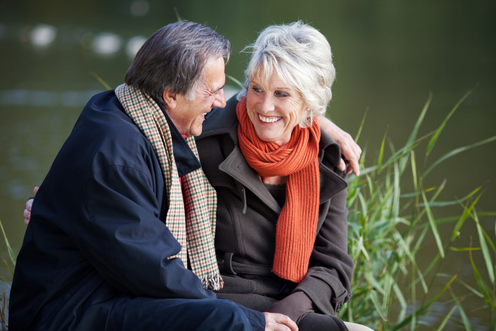 senior dating sites over 70 Resource for dating advice includes places to date, how to date online, dating after 50, and matchmaking.